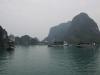 Ankernde Boote in der Halong Bucht