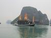 Typisches Touristenboot in der Halongbucht