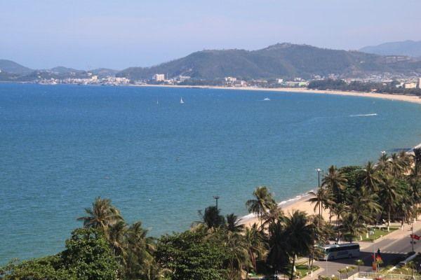 Blick über den Strand von Nha Trang