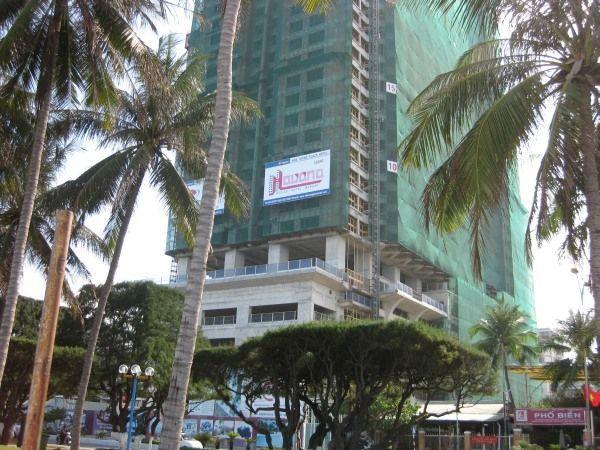 Überall Baustellen an der Promenade